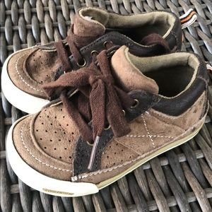 Stride rite brown lace up shoes size 6m